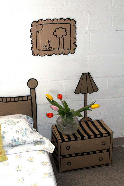 How To Decorate A Room With Cardboard Shelterness