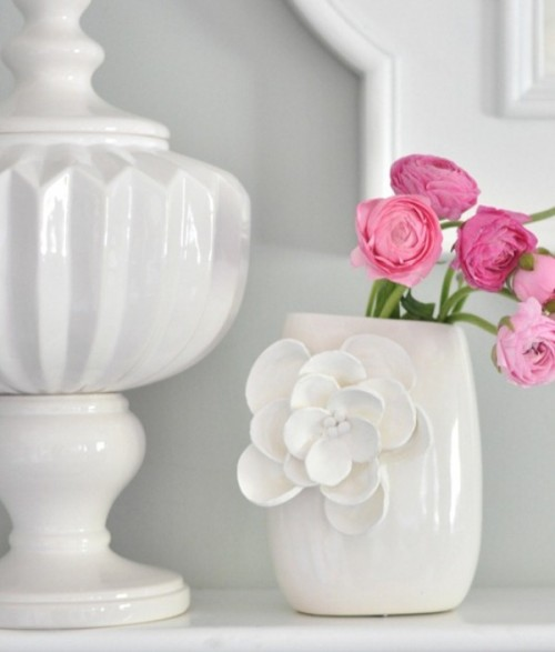 How To Decorate A Vase With Petals Shelterness