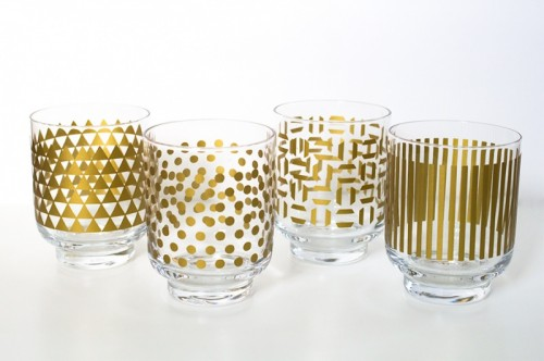 metallic print glassware (via sarahhearts)