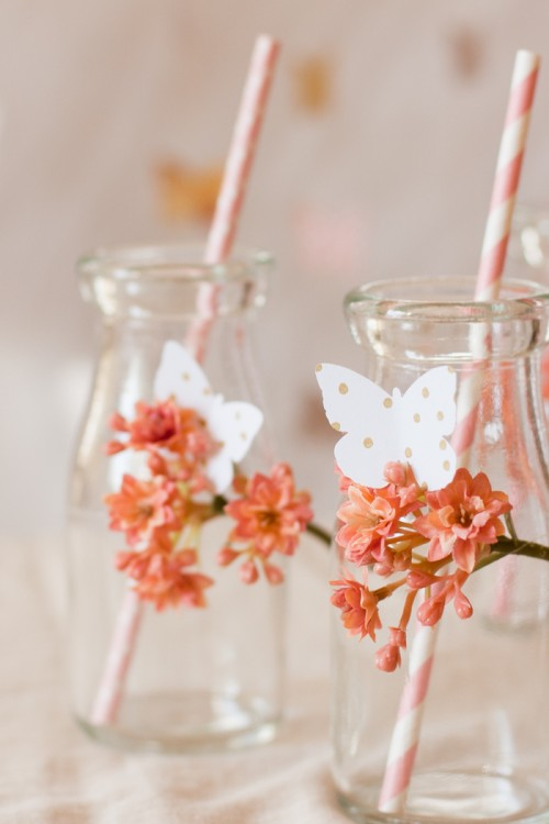 butterfly glassware decor (via flaxandtwine)