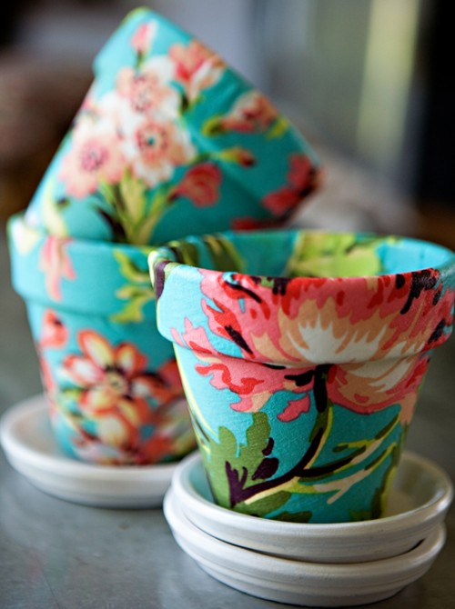How To Decorate Terracotta Pots Using Fabric | Shelterness