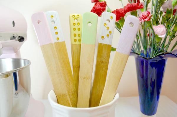 Dipped embellished wooden utensils homedit diy materials