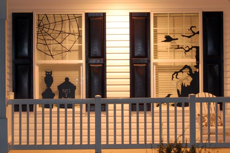 Picture Of How To Decorate Windows For Hallowee
