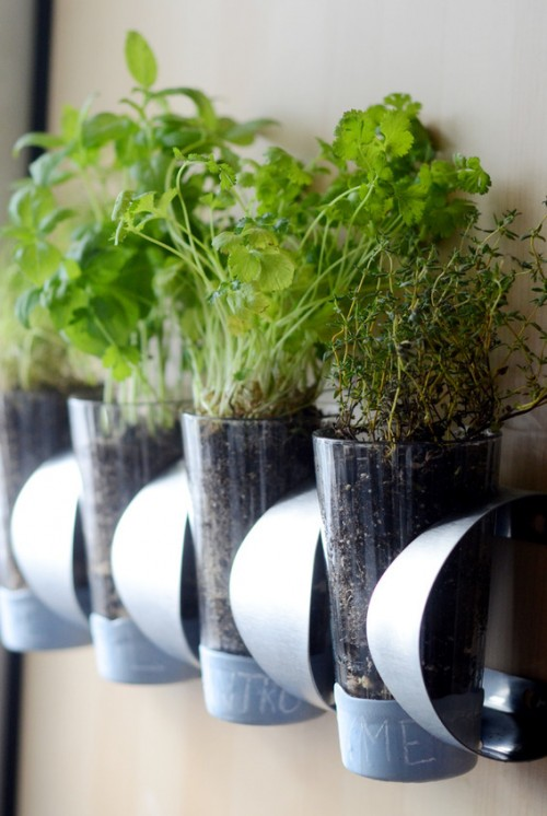 herb garden IKEA hack (via curbly)