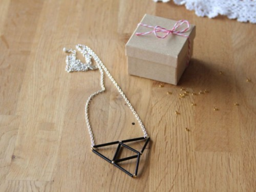 How To Make A Geometric Beaded Necklace