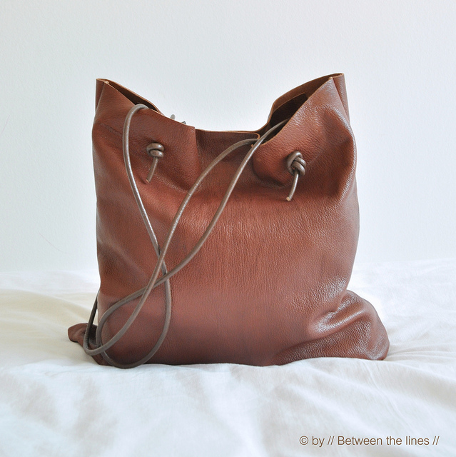 How To Make A Simple Leather Bag
