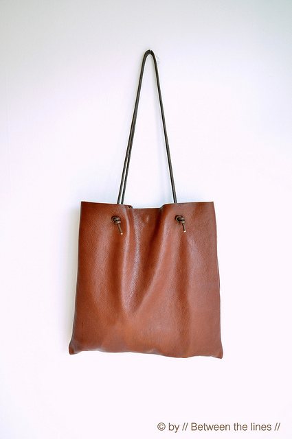 How To Make A Simple Leather Bag » Photo 3