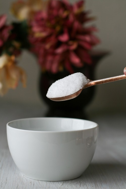 How To Make Coconut Oil Toothpaste