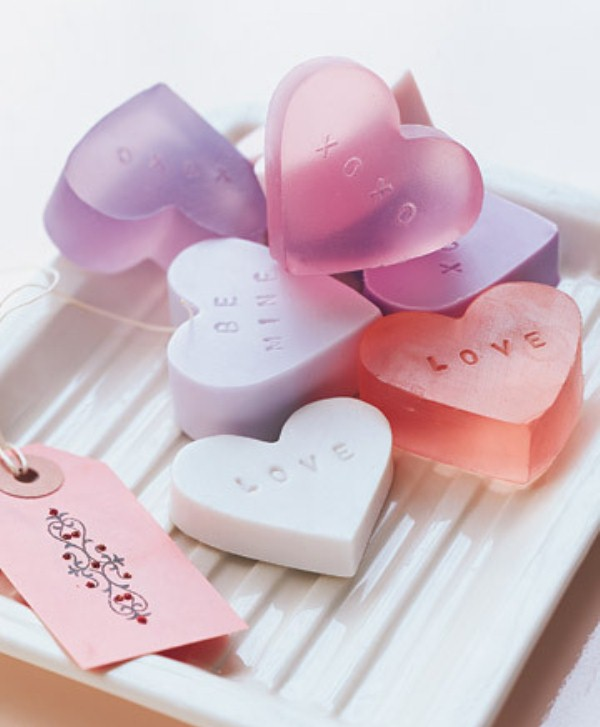 picture of how to make heart shaped soap for valentine s day