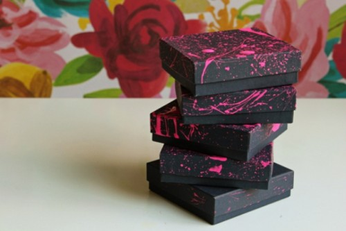 How To Make Cool Neon Pink Gift Boxes