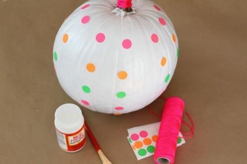 How To Make Neon Pumpkins For Fall Decor