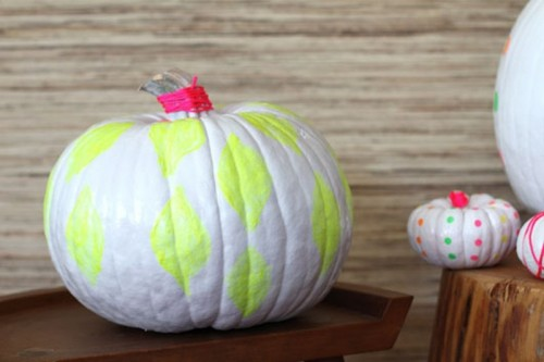 How To Make Neon Pumpkins For Fall Decor