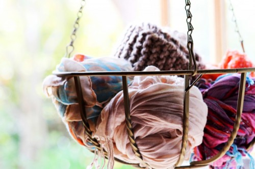 How To Organize Your Scarves In 1 Minute