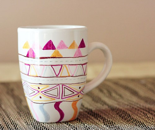 colorful mugs (via craftpond)
