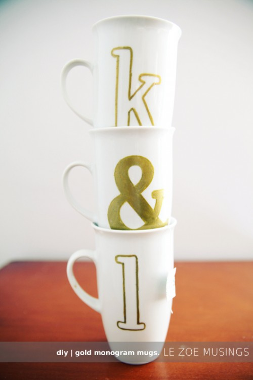 gold monogram mugs (via lezoemusings)