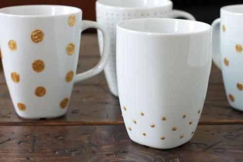 polka dot mugs (via thefoxandshe)