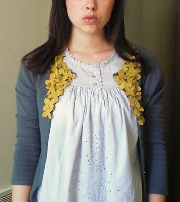 feminine cardigan embellishment (via sisters4saymoreismore)