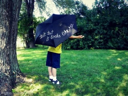 hand painted words umbrella (via madincrafts)