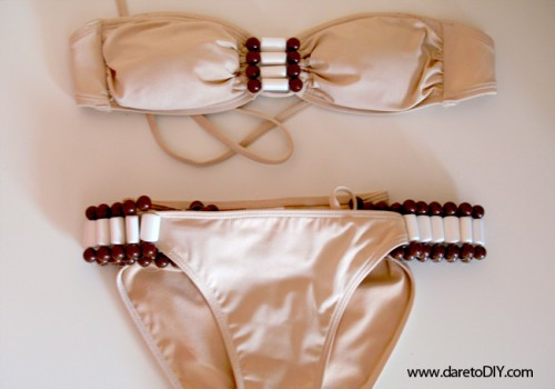 beaded bikini (via daretodiy)