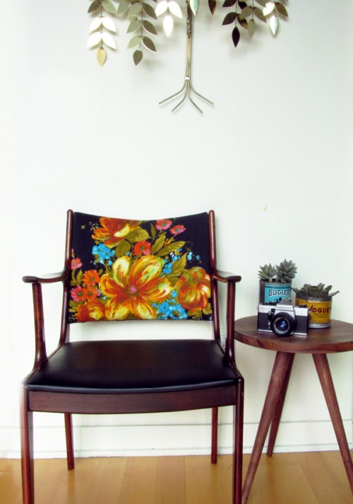 How To Renovate A Chair With Vintage Fabric