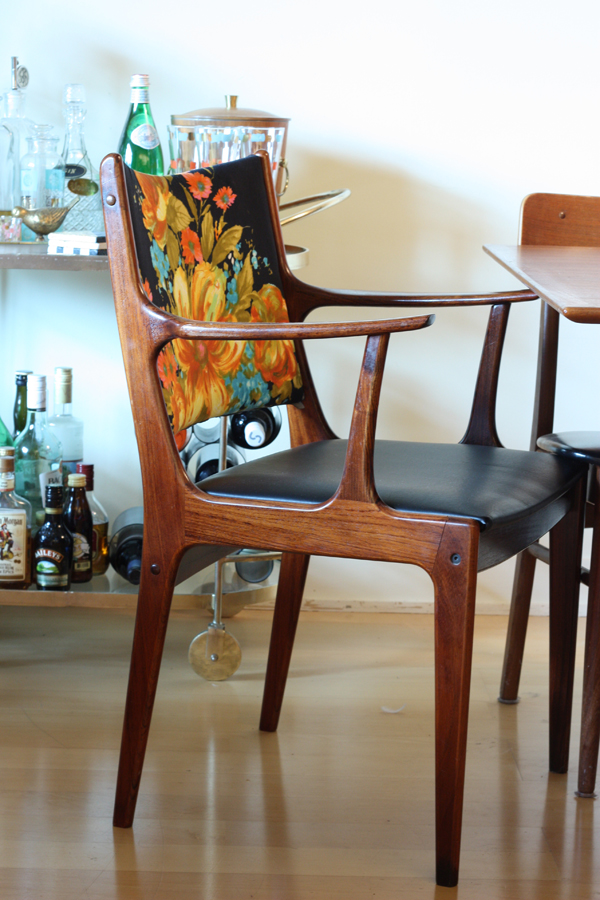 How To Renovate Chair With Vintage Fabric