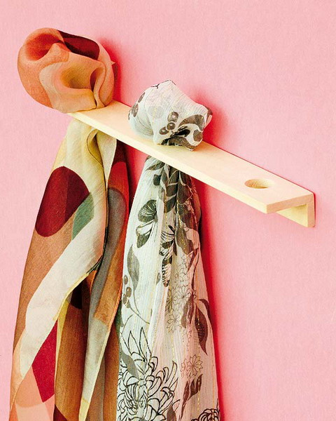 How to store scarves 16