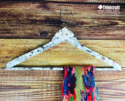 How To Upcycle Wooden Coat Hangers With Vintage Paper