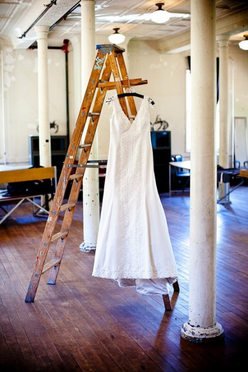 How To Use An Old Ladder As A Cloth Hanger