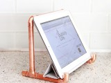 industrial-diy-copper-pipe-ipad-holder-1