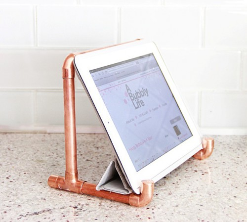 Industrial DIY Copper Pipe iPad Holder
