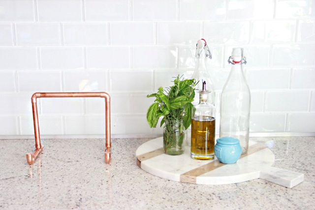 Picture Of industrial diy copper pipe ipad holder  7