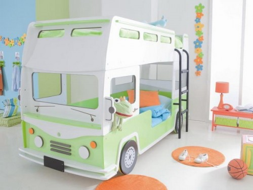 One more cute bunk bed design for a shared kids room.