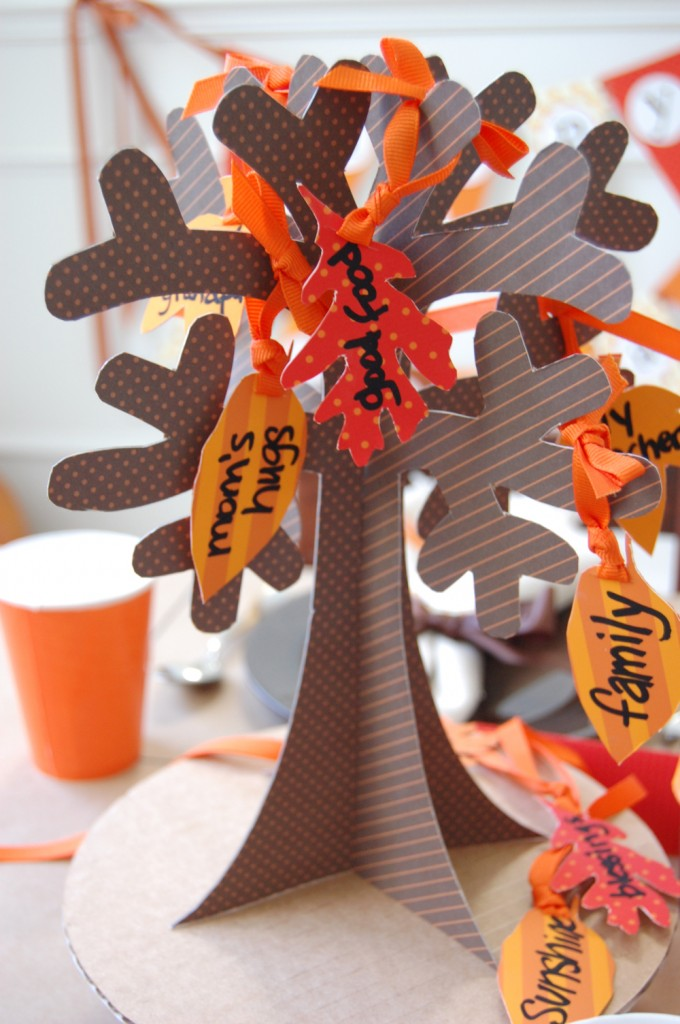 Kids Thanksgiving Paper Tree