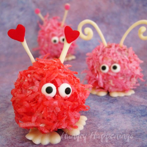 DIY fuzzy cake balls (via hungryhappenings)