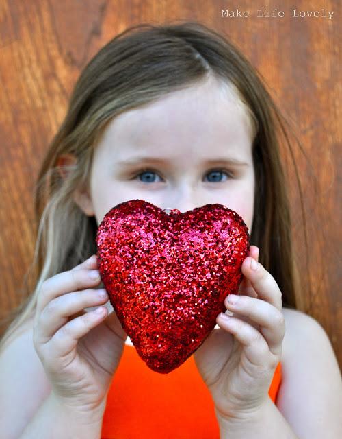 DIY glitter hearts