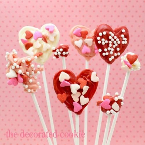 DIY valentine candy pops