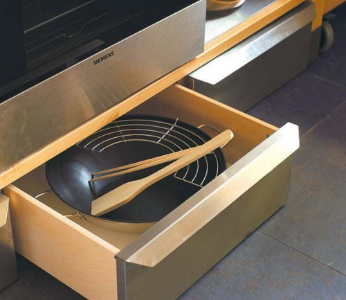 Your under-oven drawer could fit a real full size WOK.