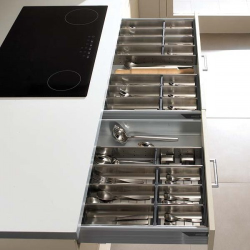 Metal kitchen utensils organizers are the best choices for top drawers.