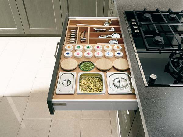 70 practical kitchen drawer organization ideas shelterness for Kitchen organization ideas