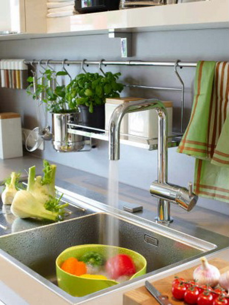 Picture of kitchen rails storage ideas for Practical kitchen ideas