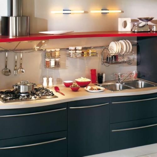 31 practical kitchen rail storage ideas shelterness for Küchen relingsystem