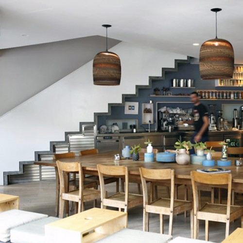7 Cool Kitchens Placed Under The Stairs