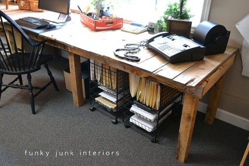 Large Diy Desk Made Of Wood Pallets