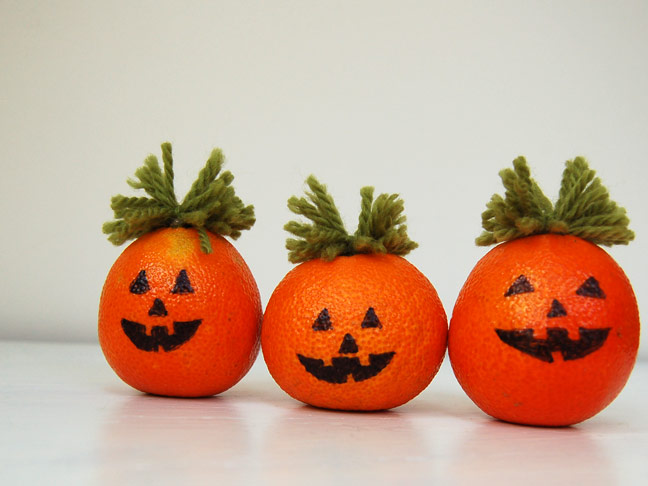 Last Minute Diy Halloween Pumpkins From Oranges