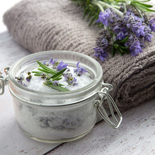 10 Lavender Beauty DIYs For Skin Care In Spring