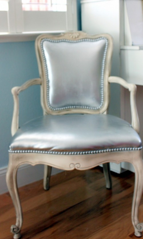 Before After How To Paint A Leather Chair Shelterness