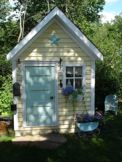 Little cottage potting shed shelterness - Cottage garden shed pictures ...