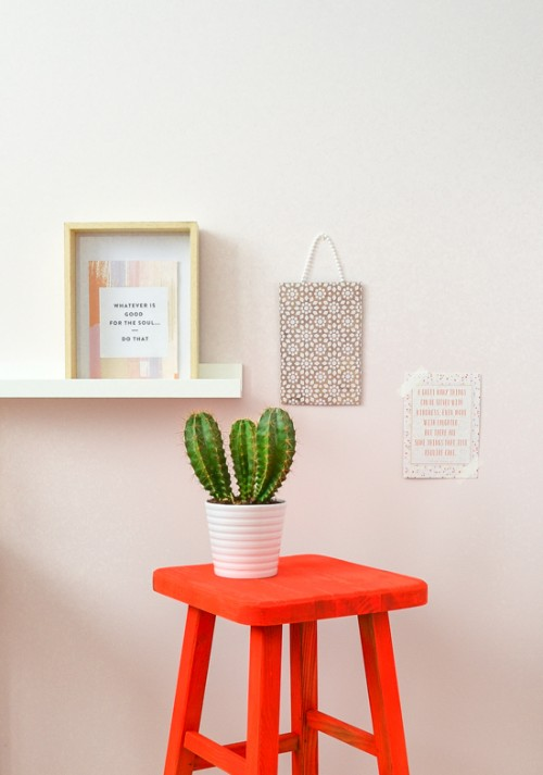 neon painted stool (via passionshake)