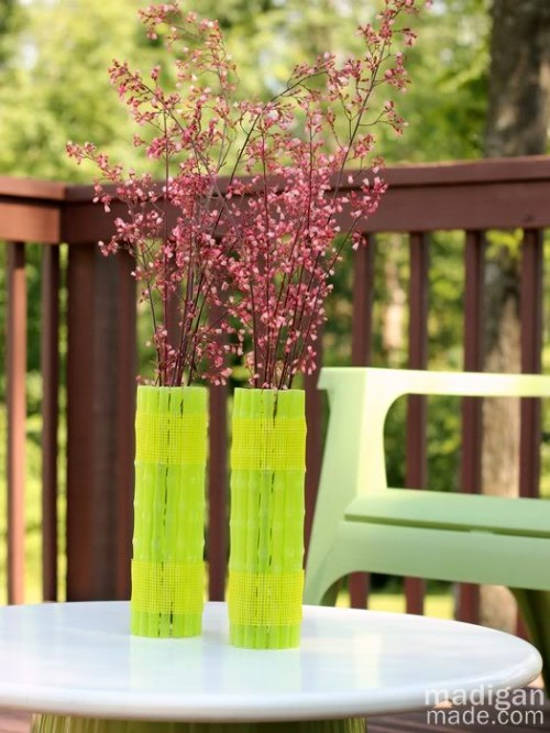 neon green vases (via shelterness)