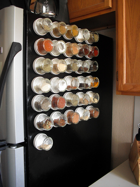 10 Magnetic Spice Storage Solutions | Shelterness
